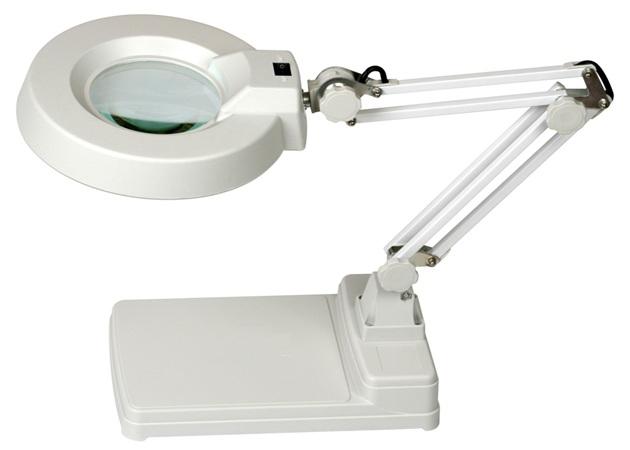 โคมไฟแว่นขยายแบบตั้งโต๊ะ